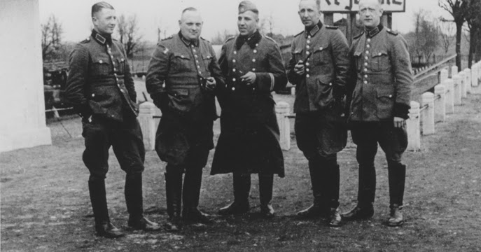 a review of ordinary men by christopher browning A fascinating book on the role of ordinary policemen in the holocaust review of ordinary men by christopher r christopher browning's 'ordinary men' is a.