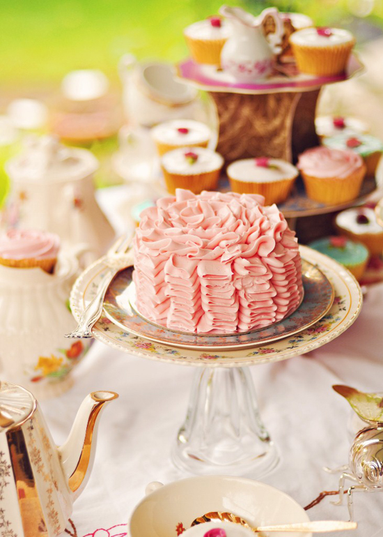 023 Picture Perfect Tea Party | Pretty Pink and Vintage Cups