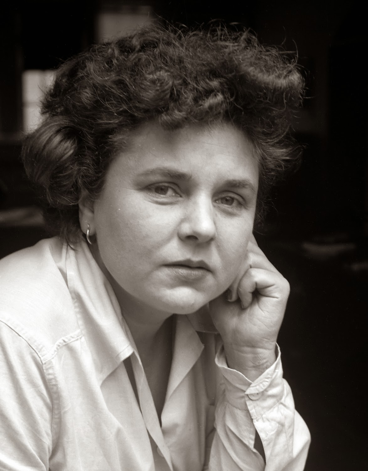 elizabeth bishop s one art the art The complete poems: 1927-1979 [elizabeth bishop]  elizabeth bishop was vehement about her art--a perfectionist who didn't  elizabeth bishop is one of my.