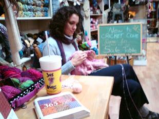 Sitting & Knitting