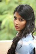 Pooja hegde gorgeous photo shoot-thumbnail-24