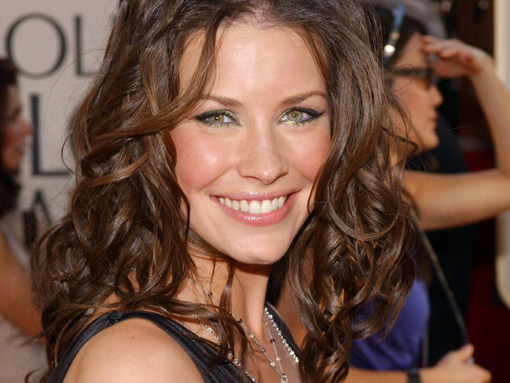 http://1.bp.blogspot.com/-Gb3dc9O1Tos/TafeXdD_D5I/AAAAAAAADWM/EajbWMQt3w4/s1600/Hot+Evangeline+Lilly+Pictures+%252811%2529.JPG