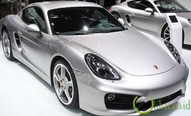 dari Porsche 911 ini