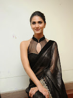 Vaani Kapoor latest Glam pics in Black saree-cover-photo