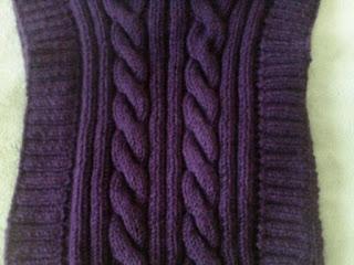 спинка вязаного детского жилета косы спицами