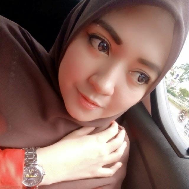 Gadis Ayu 1374 Kumpulan Foto Cewek Cantik Terbaru.