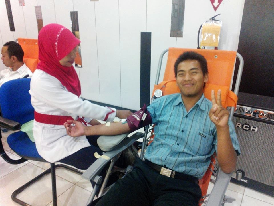 Manfaat Donor Darah, Bakti Sosial Donor Darah PLN APJ Pamekasan, Hidup Sehat Dengan Donor Darah. Cara Mempercantik yang baik