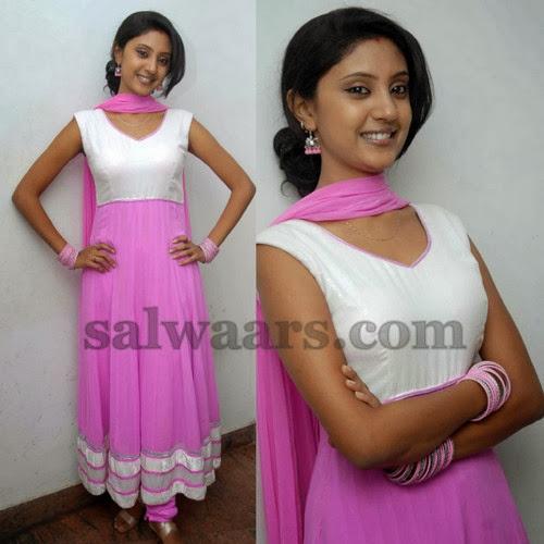 Thanmaya Baby Pink Salwar