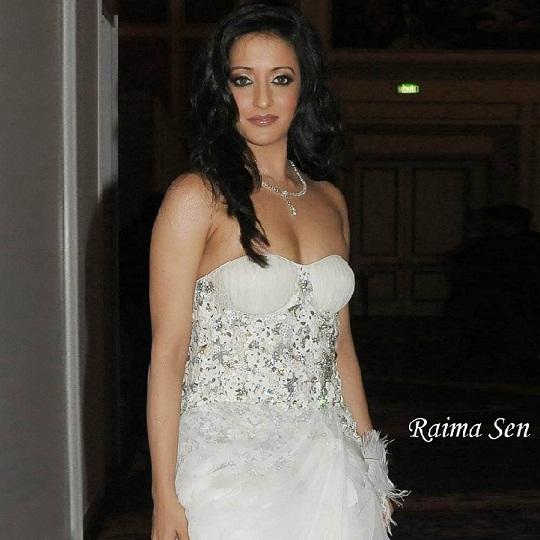 actress raima sen hot