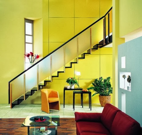 10 modelos y tipos de escaleras para interiores for Decorar escaleras interiores