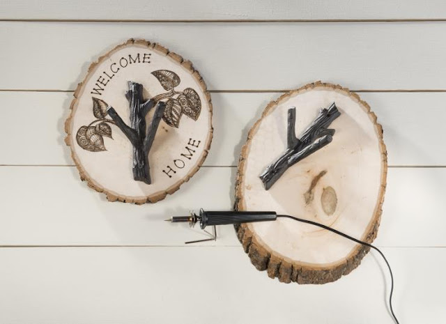 Wood Burning Log Plaques @craftsavy, #craftwarehouse, #woodburning,