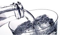 quema grasa tomando agua