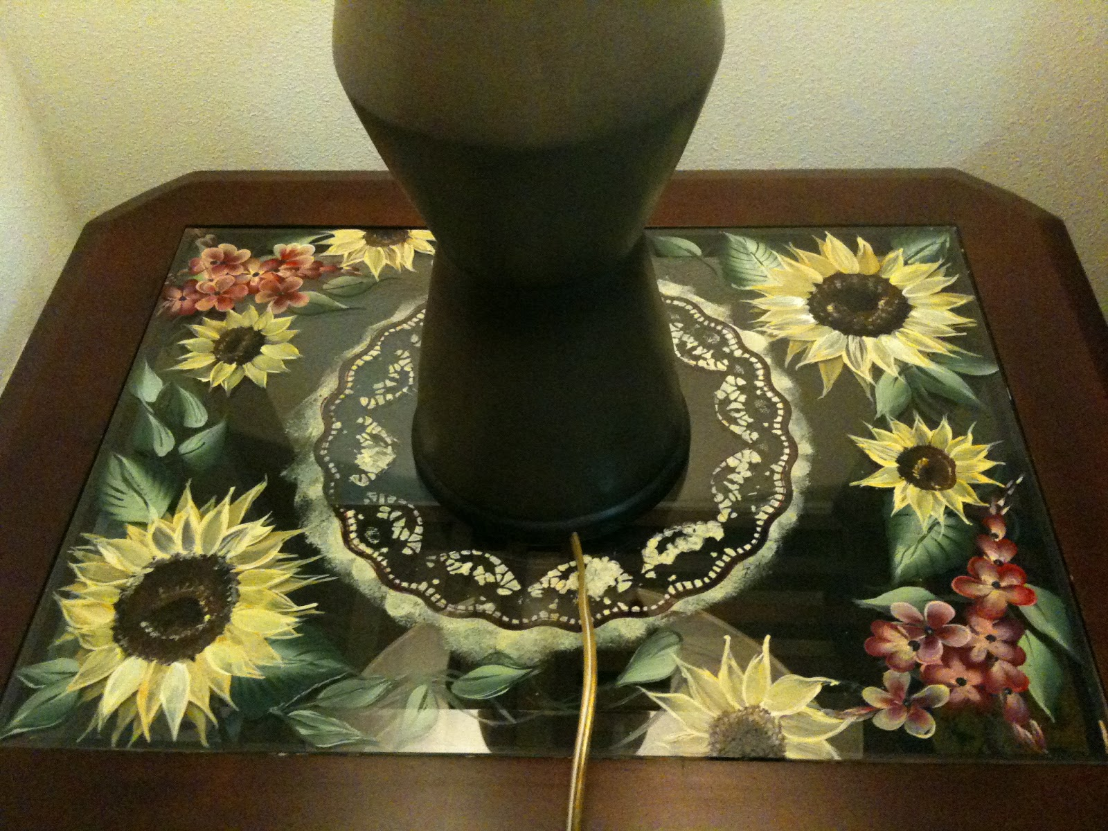 One Stroke Painting Sunflowers http://pracheeagrawal.blogspot.com/2011/06/hello-friends-after-this-busy-week.html