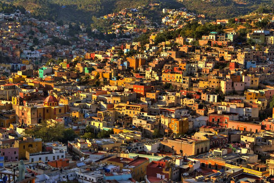 Colorful Guanajuato City, Mexico   Zabavnik
