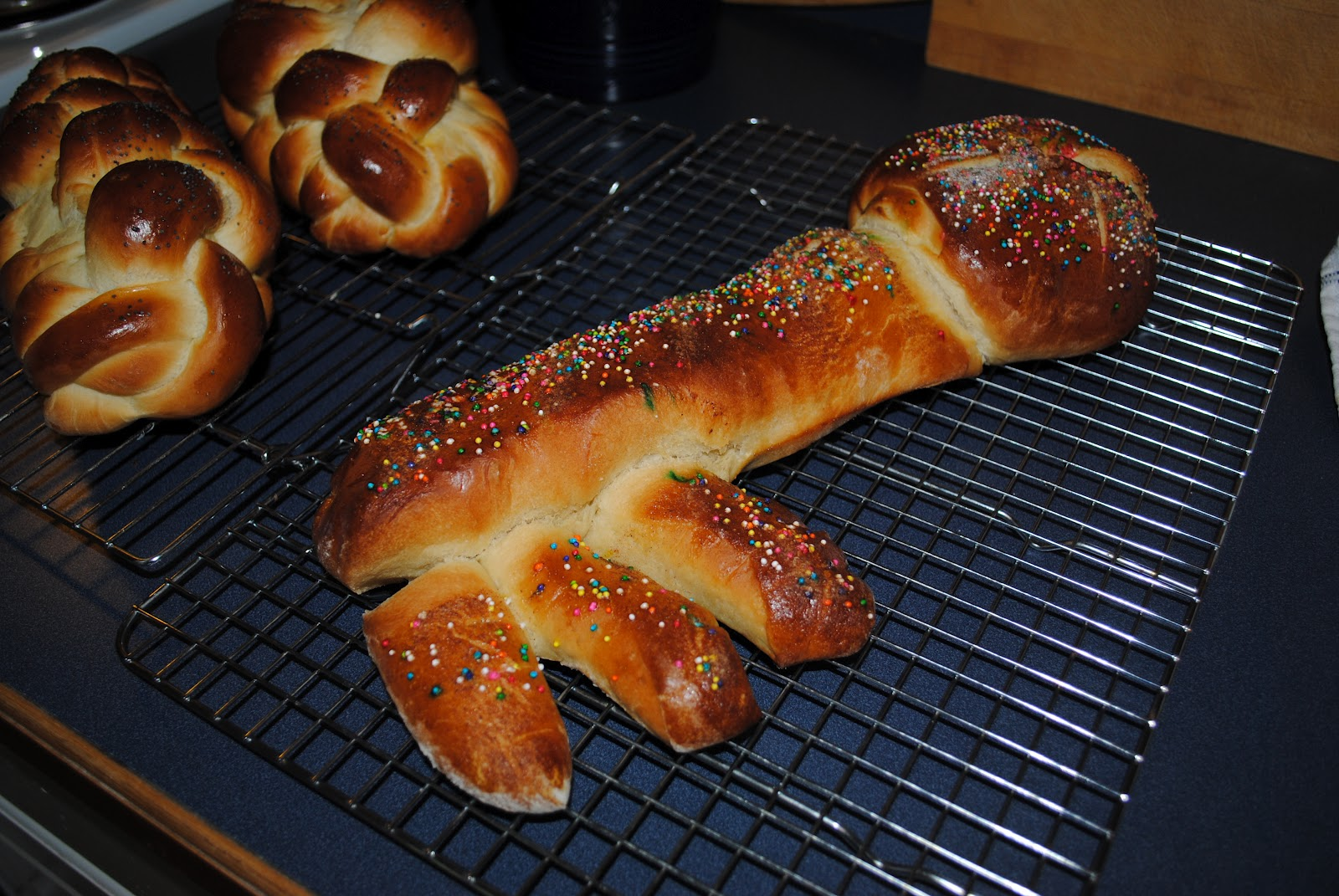 this is the shlissel key shaped challah i made last friday i think it ...