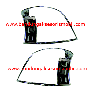 Garnish Belakang New Yaris 2008