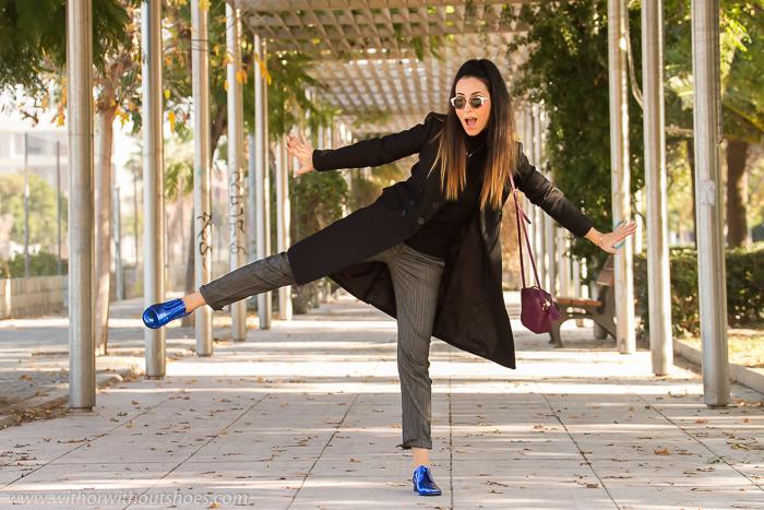 Blogger de moda valencia simpatica y divertida con look comodo con zapatos de diseñador hechos a mano