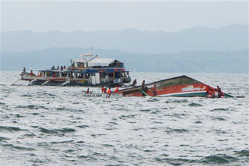 boat capsized in Ormoc