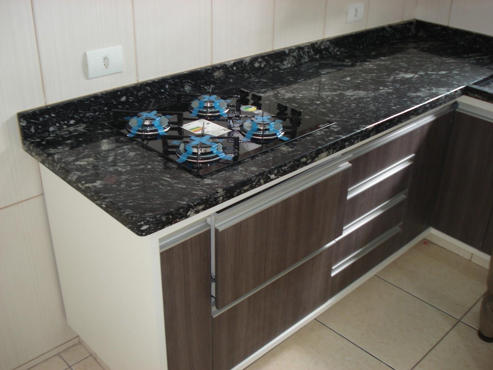 cozinha planejada com granito branco itaunas #42677B 1600 1200