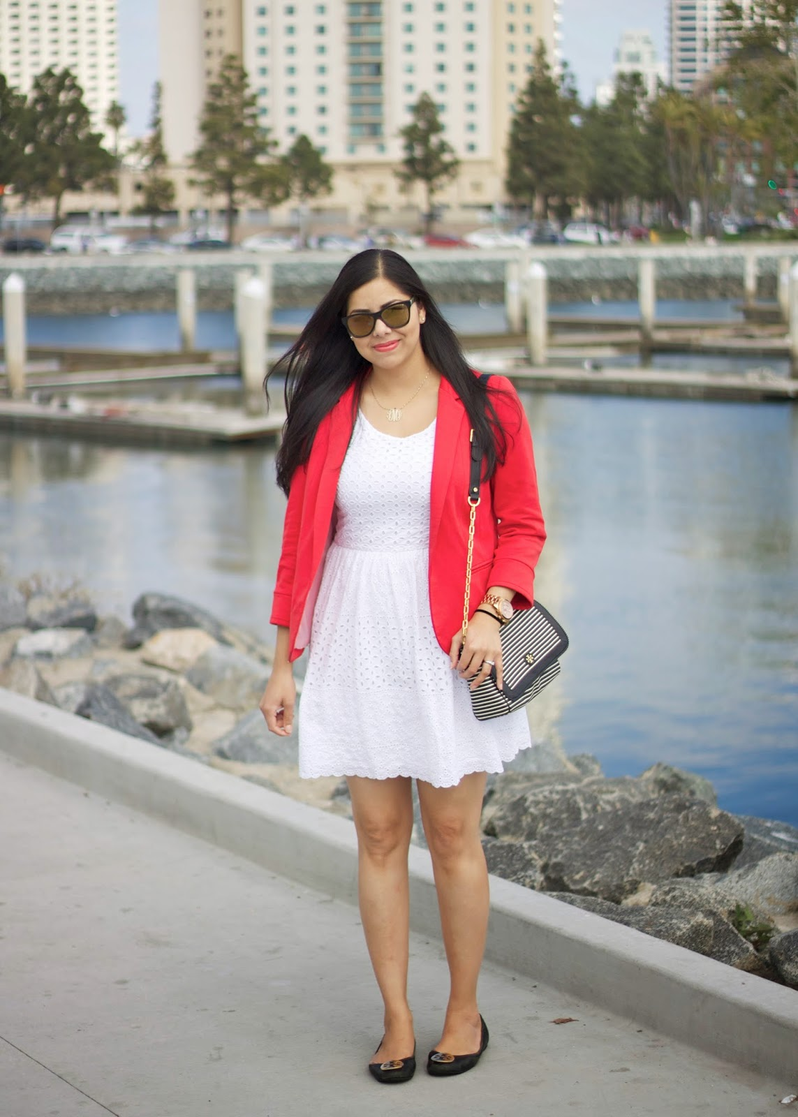Casual San Diego Outfit, Casual Dress for San Diego, Little white eyelet dress