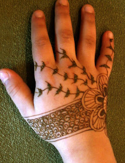MEHANDI ART FOR KIDS