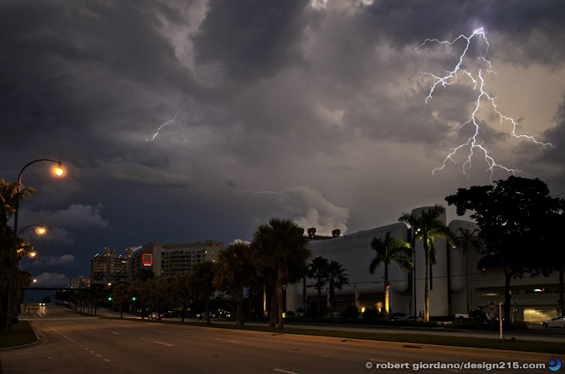 photo of lightning over the Galleria Mall, Fort Lauderdale, FL. Copyright 2011 Robert Giordano