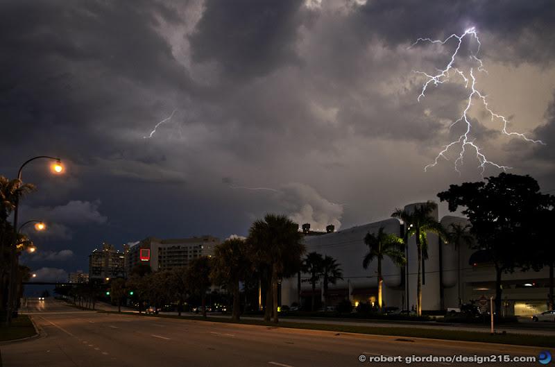 photo of lightning over the Galleria Mall, Fort Lauderdale, FL. Copyright 2011 Robert Giordano