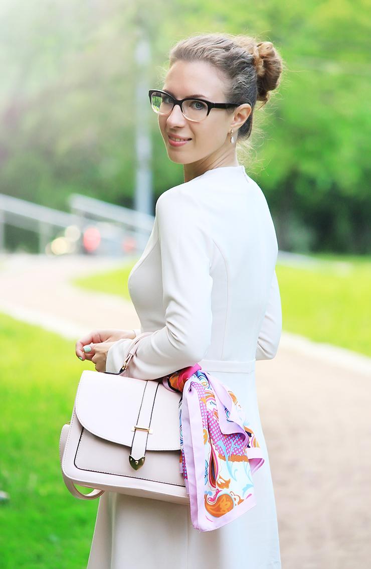 красивое повседневное платье