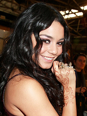 Uk Vanessa Hudgens Henna Tattoo 2012