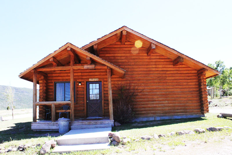 Rental cabins at fish lake utah larkspur 5 person deluxe for Fishing cabin rentals