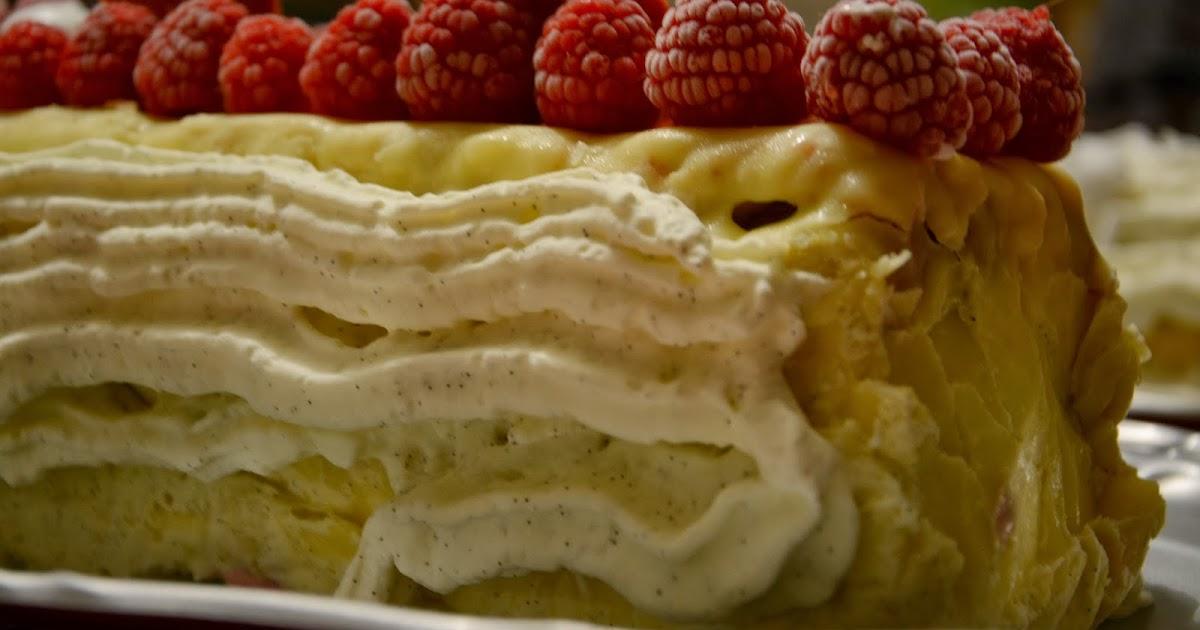 Dans la cuisine de misstinguette b che bavaroise vanille - Herve cuisine buche de noel ...