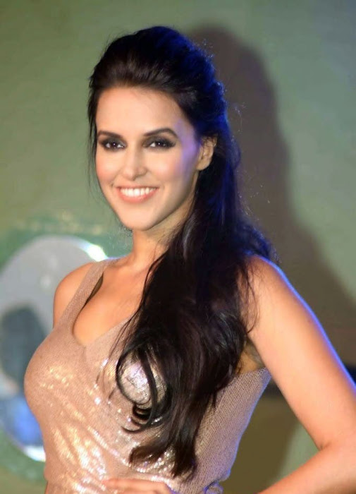 bollywood neha dhupia glamour  images