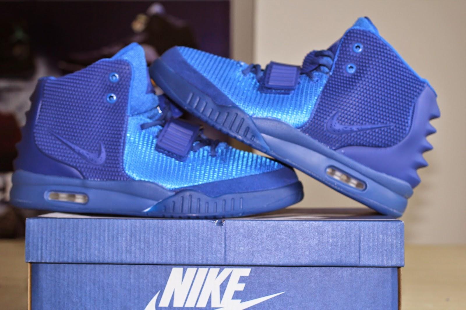 Yeezy Blue Dece...