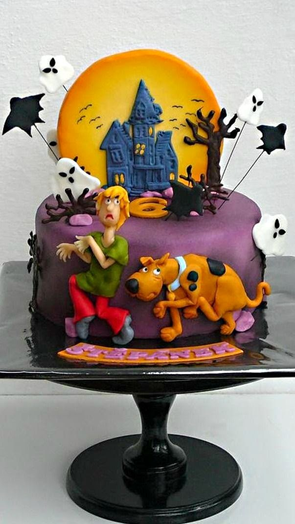 Cartoon character cake design ideas for childrens birthday for Scooby doo cake template
