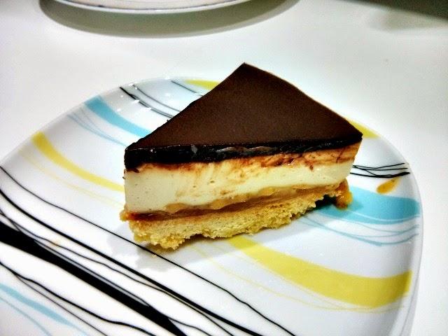 Mary Berry's Millionaire Cheesecake