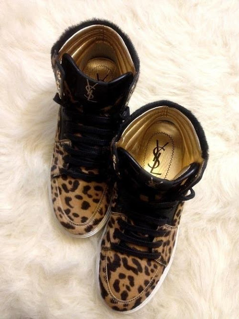 Cheetah skin golden shoes