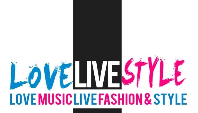 <center>LOVE LIVE STYLE</center>
