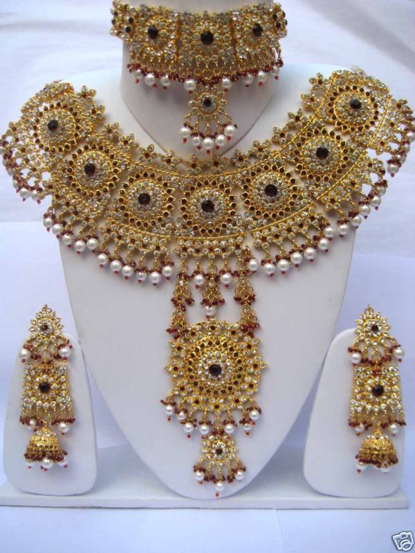 Bridal Jewellery Set Images