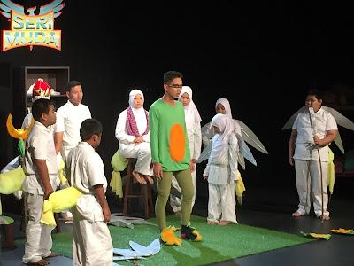 Teater Kota Kelip-Kelip TFTN