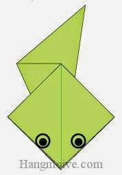 Bước 6: Vẽ mắt để hoàn thành cách xếp con Nòng nọc bằng giấy origami đơn giản.
