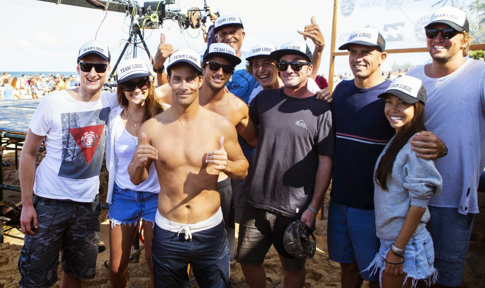 18 Billabong Pipe Masters Team Logie Foto ASP