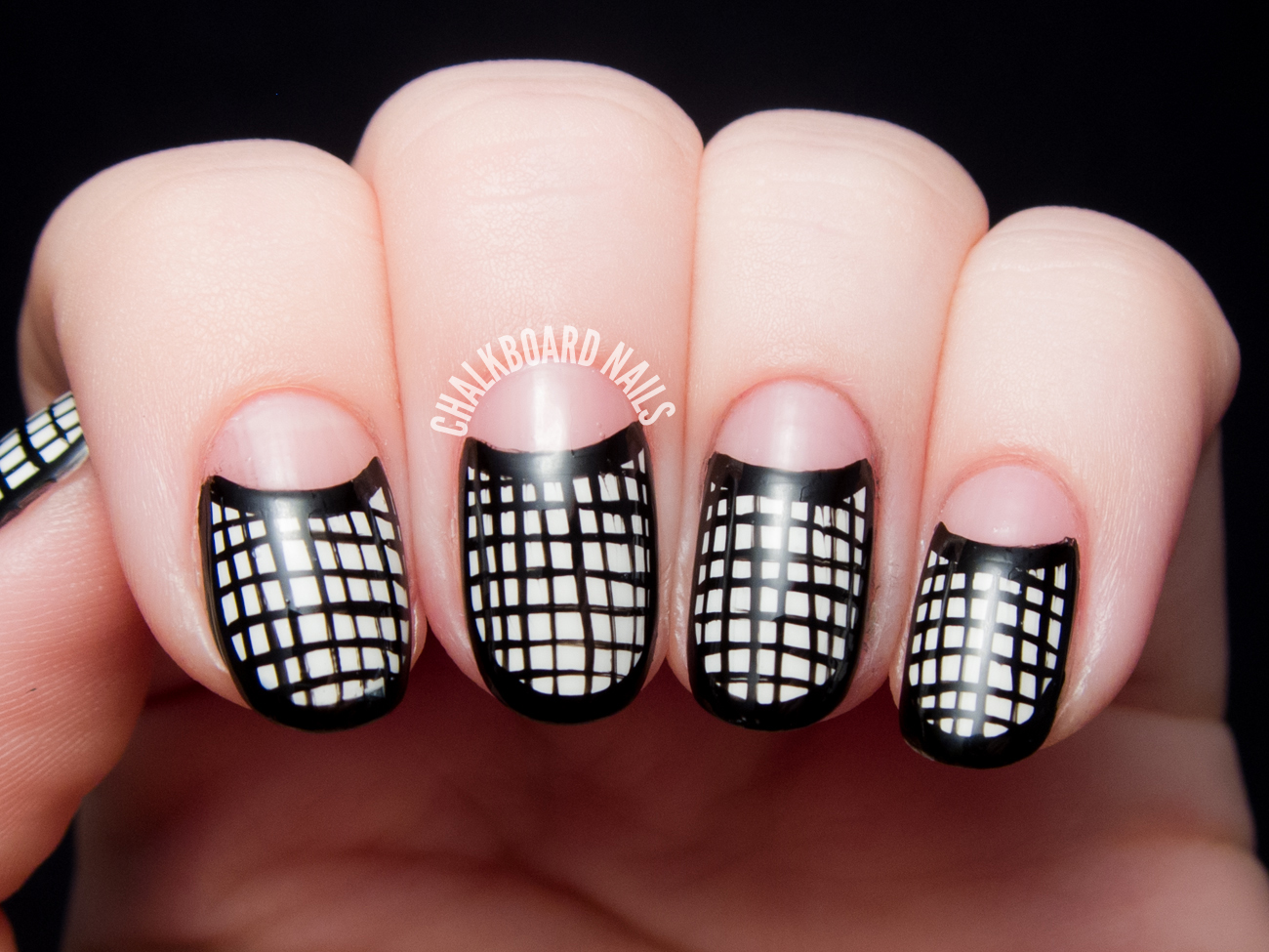 Black and white framed mesh half moons by @chalkboardnails