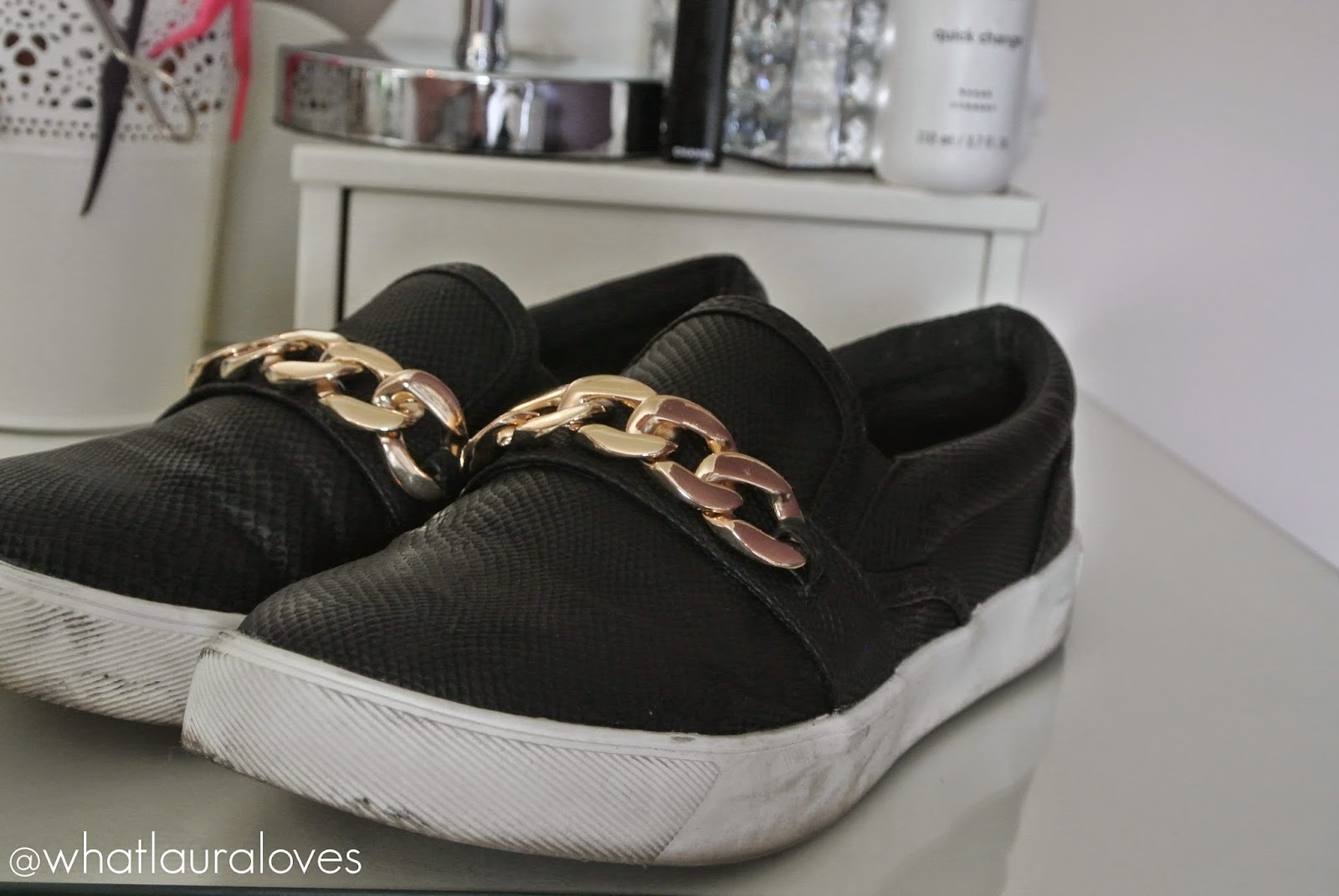 New Look Black and Gold Chain Slip On Plimsolls