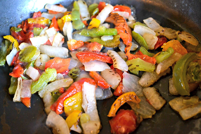 grilled onions and peppers for chicken fajitas with Tyson grilled & ready chicken #cbias #MealsTogether