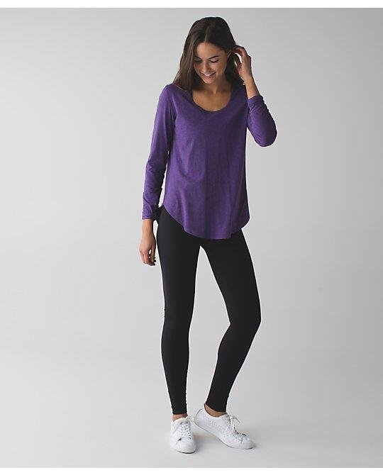 lululemon yogini-5-year bold-violet
