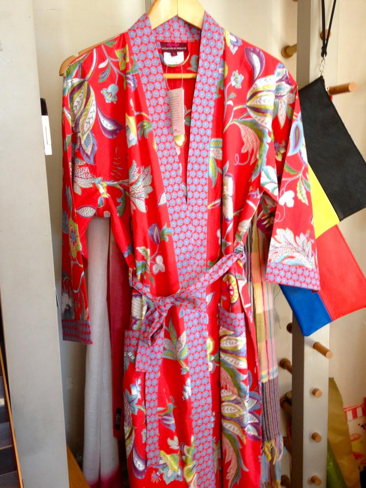 meric le petit bazar les kimonos de la fianc e du m kong. Black Bedroom Furniture Sets. Home Design Ideas