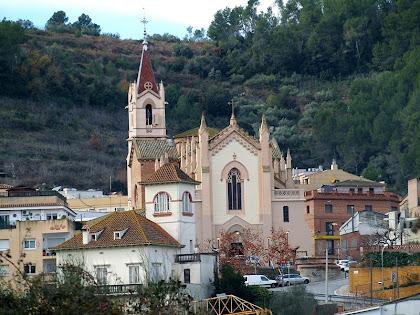 L'església de Sant Martí de Torrelles des de Can Balasch de Baix