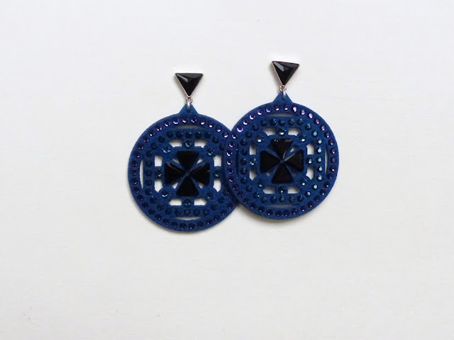 Swarovski navy blue earrings