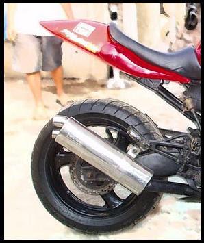 gambar foto modifikasi motor terbaru Honda Tiger Red sport.1.jpg