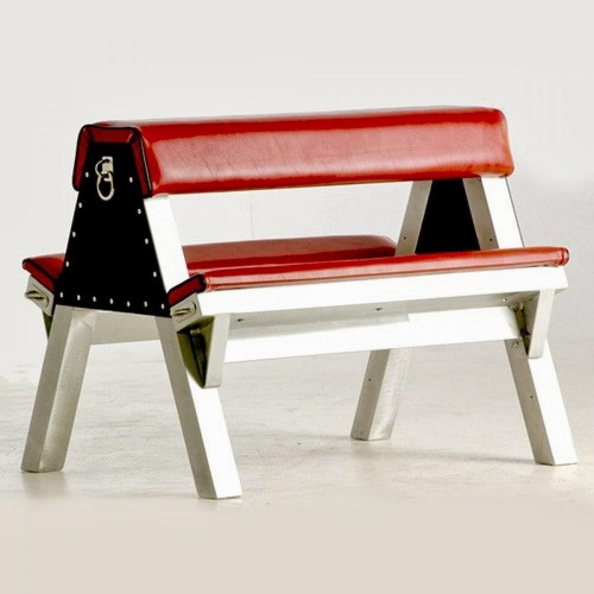 Bdsm kneeling bench